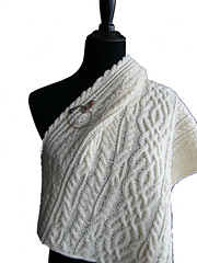 Cls_shawl_on_manequin_bkgr_removed_20140202_21_5-300c_small