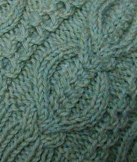 Mooncoin_hat_cable_closeup_1-300c_small2
