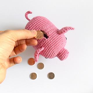 Ravelry Penny The Piggybank Pig pattern by Irene Strange