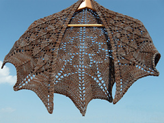 Dragon-scale-shawl-hanging-20140727-withwatermark_small
