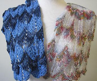Shortrowlaceshawl_small2