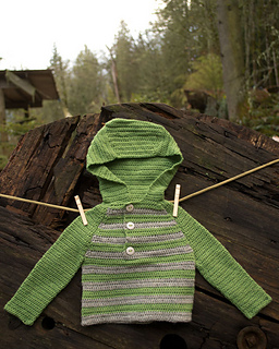 Striped-crochet-raglan-hoodie_08_small2