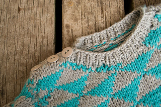 Baby-sweater-neckline_small2
