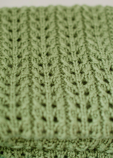 Green_blanket_detail_small2