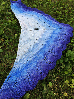 Shawl_on_grass_small2