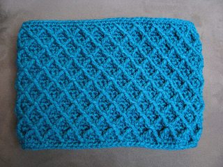 TEXTURED SQUARE AFGHAN PATTERN By MyPicot | Free crochet ...  |Diamond Trellis Pattern Red Heart