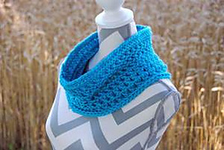Crocheted-pebbled-texture-cowl-by-jeanne-steinhilber-2_small_best_fit