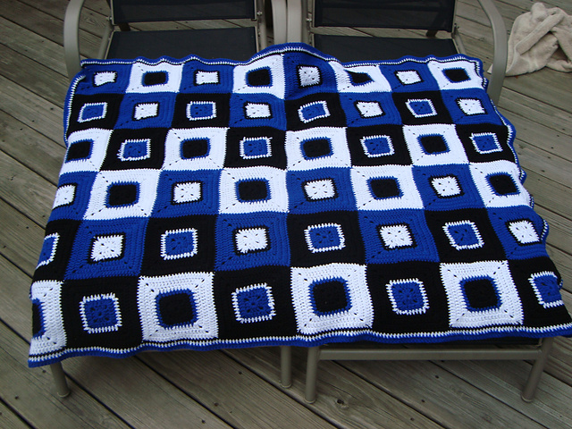 Ravelry Granny Square Afghan Pattern By Loops Threads Design Team