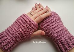 Fingerlessgloves2_small_best_fit