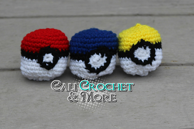 Ravelry Pokeball Hacky Sack Pattern By Jessica Cali