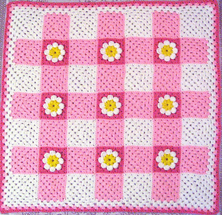 Gingham_daisy_baby_afghan_whole_small2