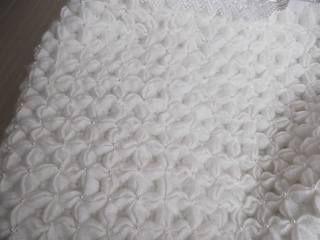 Puffed_star_baby_blanket_small2