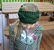 Cozy_cable_knitted_warmer_pic_5_small_best_fit
