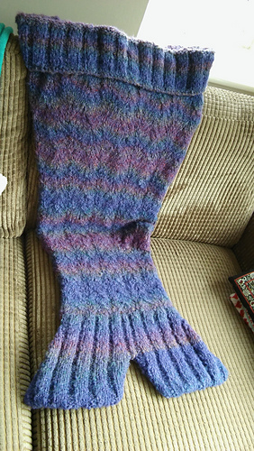 Ravelry Mermaid Tail Knit Along Blanket Pattern By Sandra Oakeshott