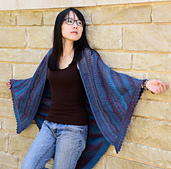 Bear-track-shawl-front_small_best_fit