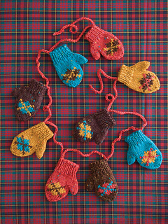 48_mini_mitten_garland_00012_small2