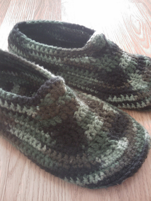 Ravelry Mens Padded Sole Slippers Pattern By Sue Norrad
