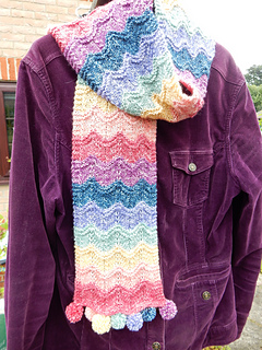 Rippling_rainbow_scarf__2__small2