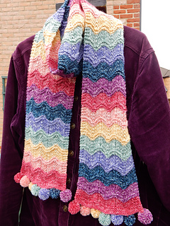 Rippling_rainbow_scarf__7__small2