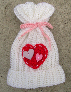 Valentine_s_hat_small2