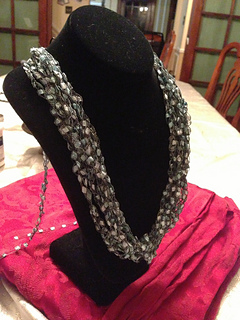 ravelry easy ladder yarn necklace pattern by joy povich