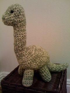 Mini-apatosaurus-leftside_small2