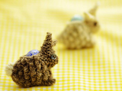 Bunny-with-egg_small