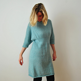 Fuzzy_dress_front_down_small2