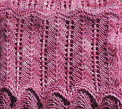 Sonja_bonus_scarf_edge_detail_resized_small