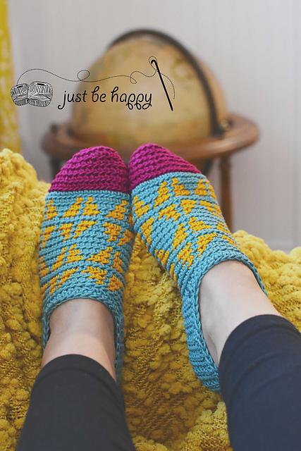 Ravelry: Fair Isle Slippers pattern by Alessandra Hayden