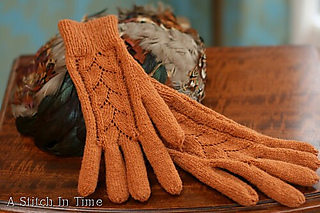 Lacygloves_full1_medium_small2