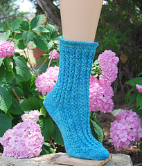 Lacy_fountain_sock_small