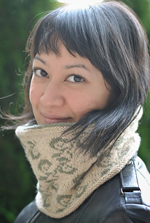 Firenze_cowl_inside_out_pattern_size_small2