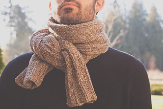 Backroad_scarf_aran_knotted_web_small2