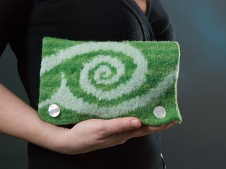 Fiddlehead_wallet_front_lg_small2