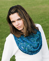 Lace_cowl_down_1_lg_small
