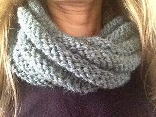 Blue_green_cowl_small2