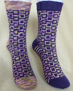 Block_party_socks_pattern_3_small2