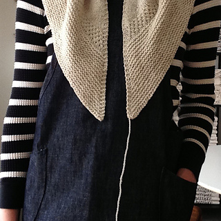 Textured_shawl_studio_small2
