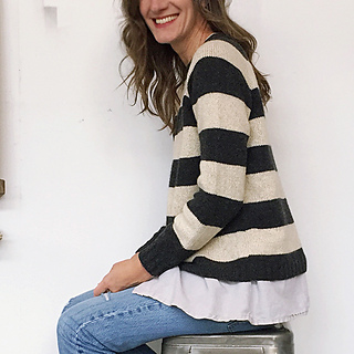 Striped_pebble_raglan_fo_side_small2