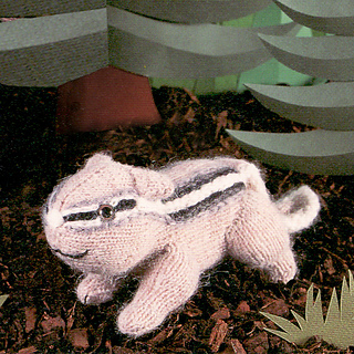 Knitted_chipmunk_small2