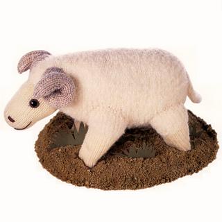 Knitted_merino_sheep_small2