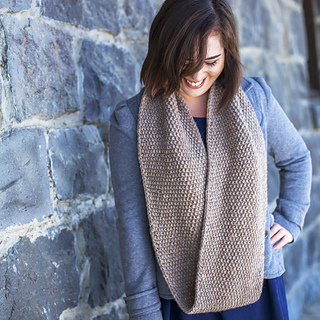 Ravine_cowl_elise1_square_small2