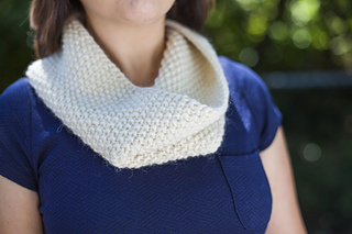 Ravine_cowl_elise3_square_small2
