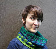 Kaleidoscopiccowl3_small_best_fit