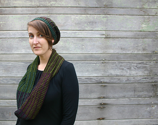 Gridwork_cowl_and_slouch_small2