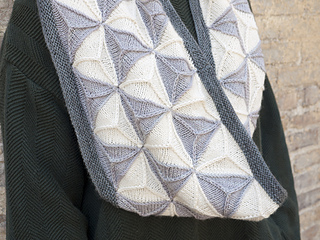 Ravelry Geodesic Cowl Pattern By Emily O Brien