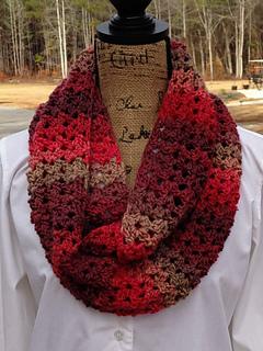 Sunset_scarf_by_elk_studio_-_a_free_crochet_scarf_pattern__crochet__freepattern__scarf_small2