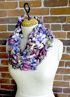 Granola_girl_cowl_small2