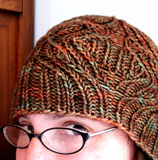 Legume_hat_photo_1_small2